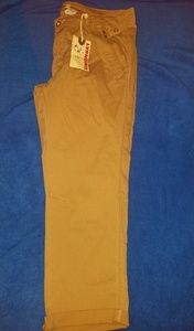 Unionbay ankle length jeans; Sizes 7, 9 and 15.